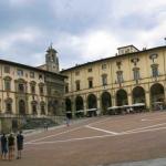 Arezzo Piazza Grande Makarova