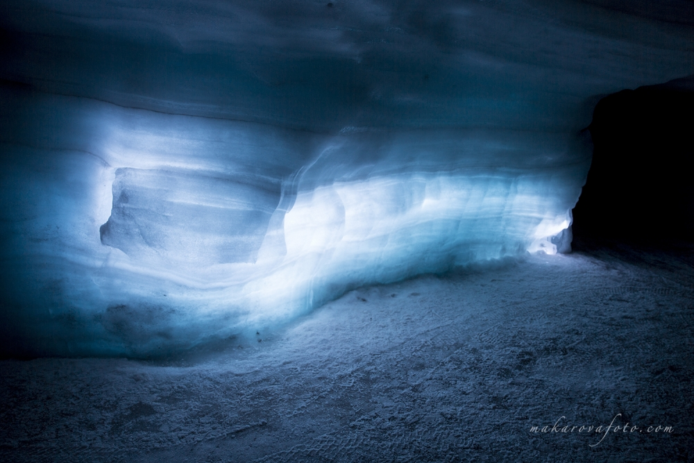Ice Cave Wall Blue Makarovafoto.com_small